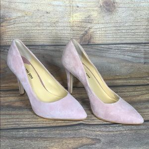 GIANNI BINI pink suede heels size 8 4inches